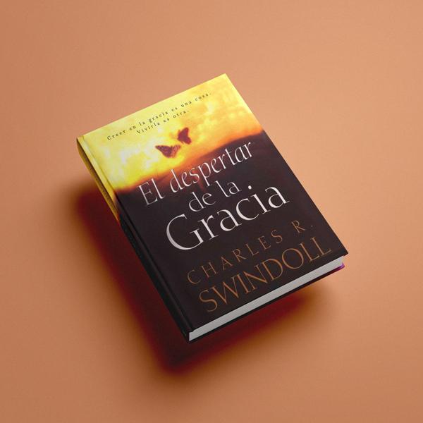 Esta es la portada del libro El Despertar de la Gracia del Dr. Charles R. Swindoll