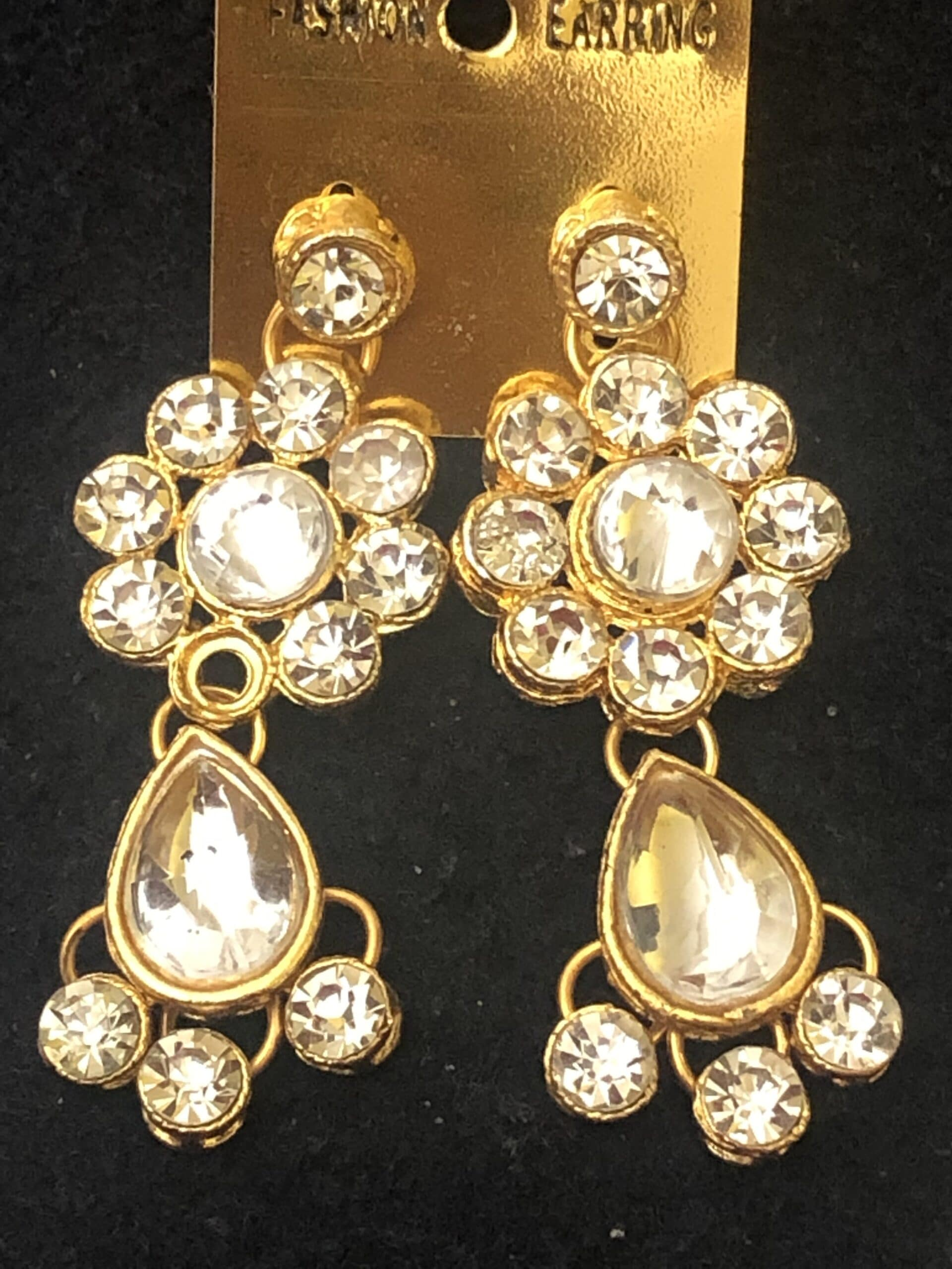 kundan white stone earrings