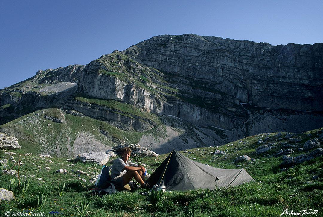 wild camp beneath serra rocca chiarano abruzzo apennines andrew terrill italy