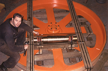 """8' Dia. x 13"""" Face Top Bandwheel c/w arbor This wheel is fastened to a heavy duty pallet for air freight to New Zealand The wheel ass'y was made in 3 weeks to accommodate the customers need"""