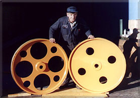 """42"""" x 4""""face bandwheels c/w tapered bores"""