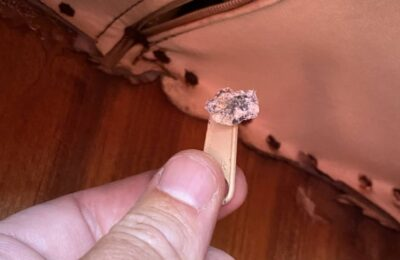 Replacing corroded zipper pulls
