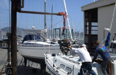 How to remove a sailboat engine