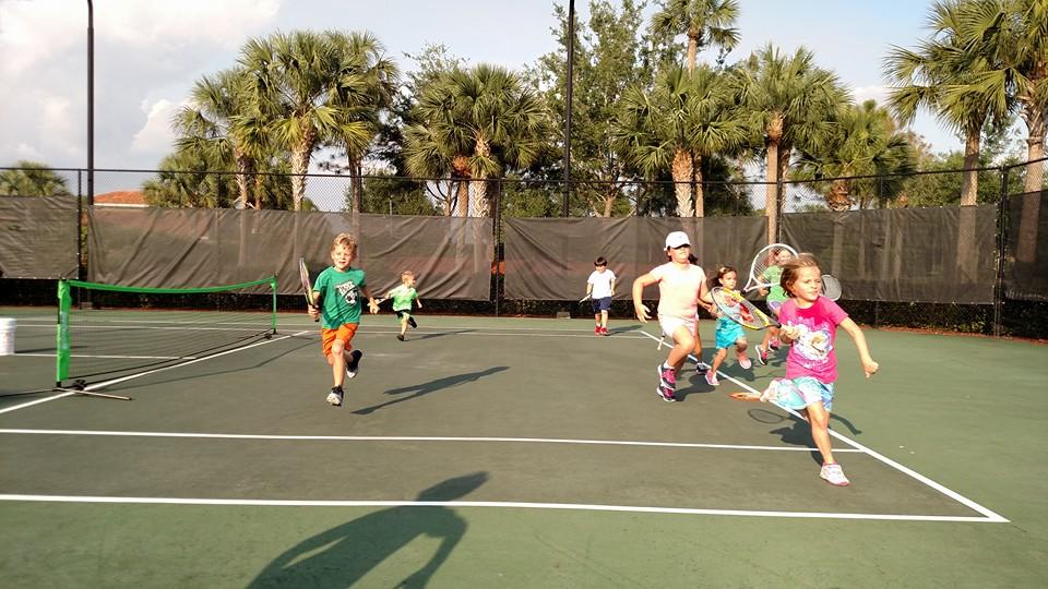 Traveling Tennis Pros - Junior Clinics