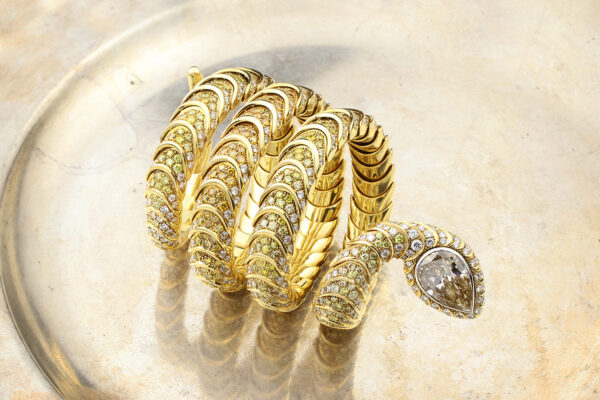 Hemmerle Diamond, Colored Diamond And Gold Snake Bracelet» Price On Request «