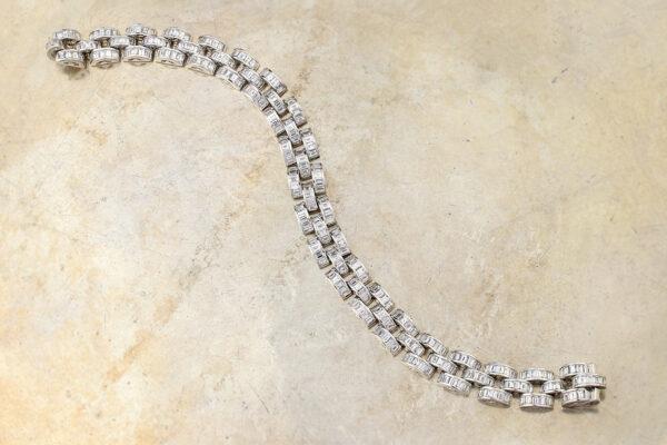 Baguette Shaped Diamond And White Gold Bracelet