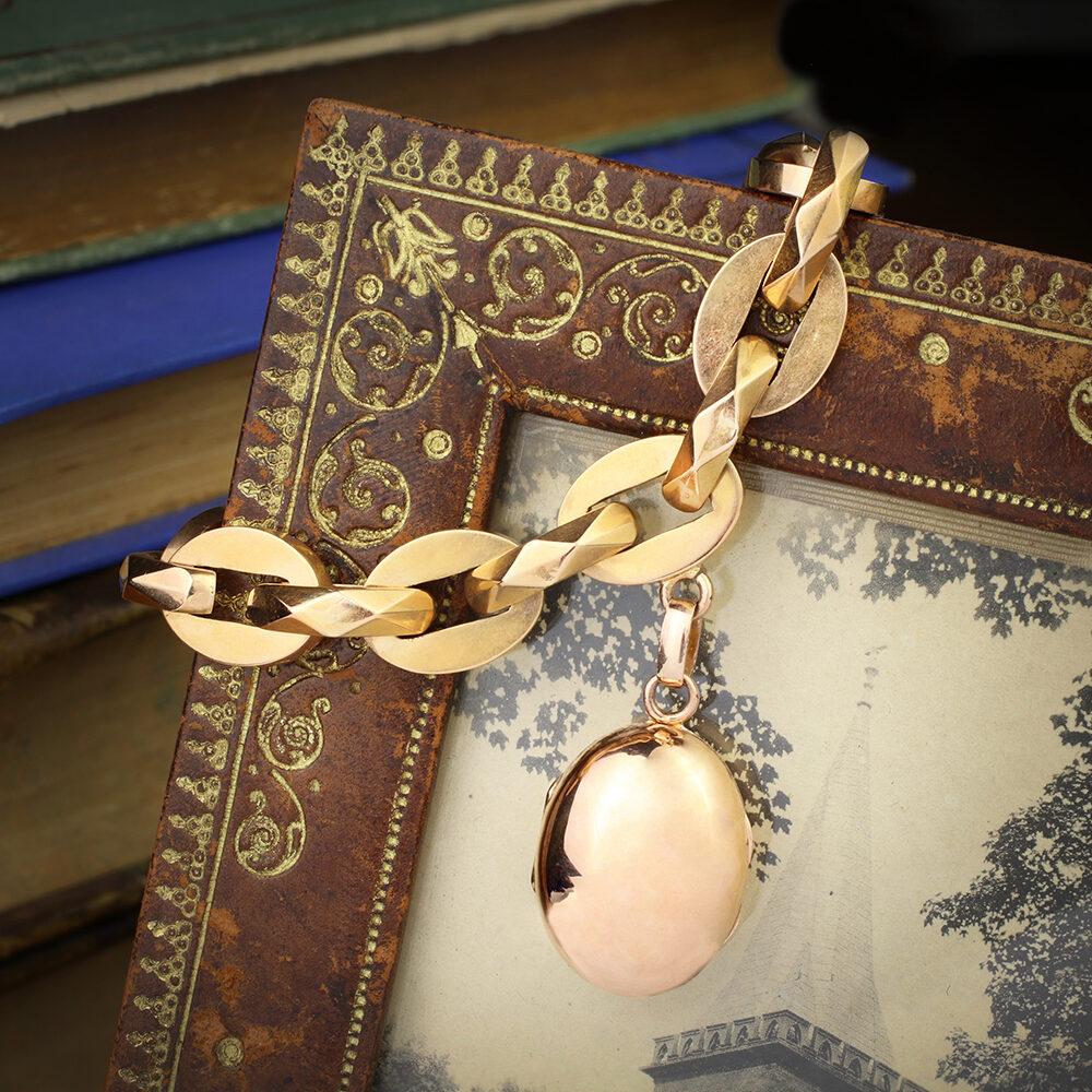 Antique Sculpted Gold Link Locket Charm Bracelet