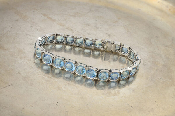 Aquamarine And Platinum Line Bracelet