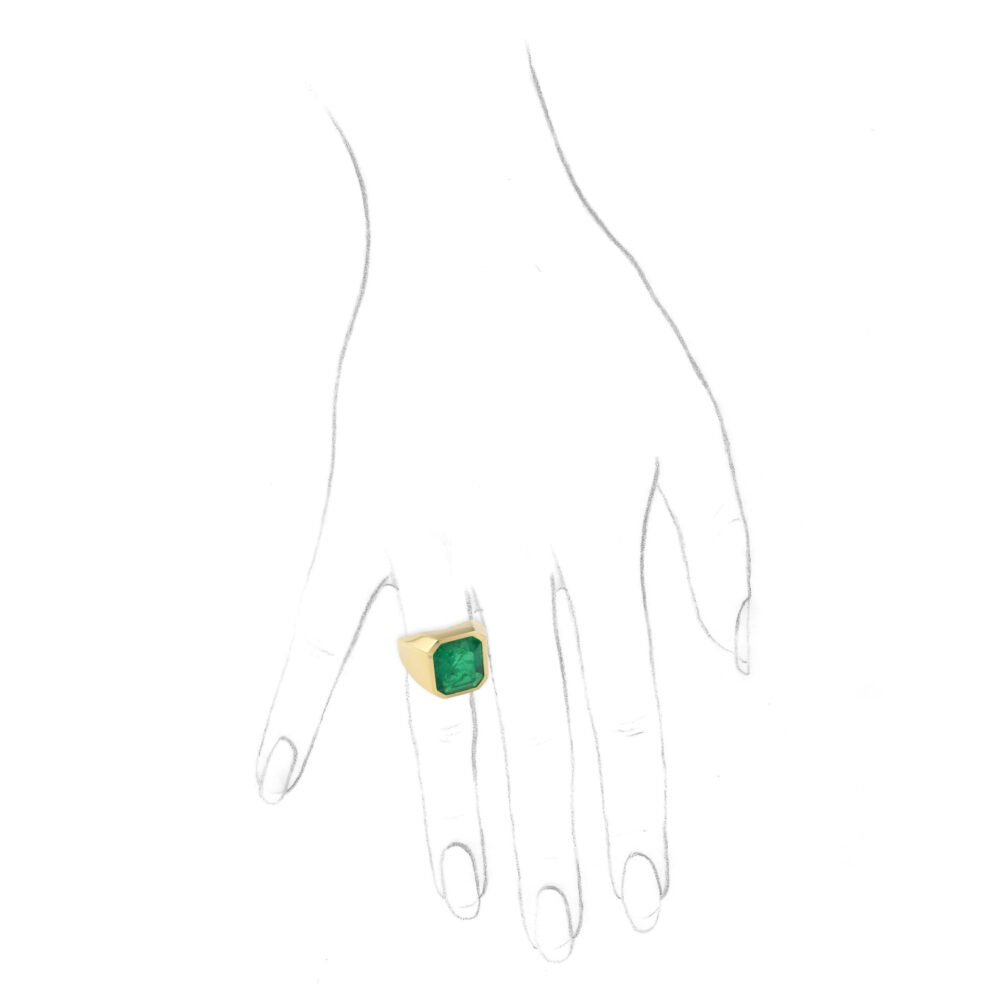 Emerald and Sculpted Gold Ring