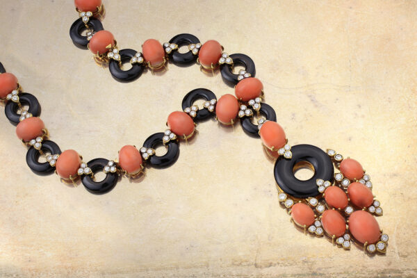 Van Cleef & Arpels Coral, Onyx And Diamond Necklace» Price On Request «