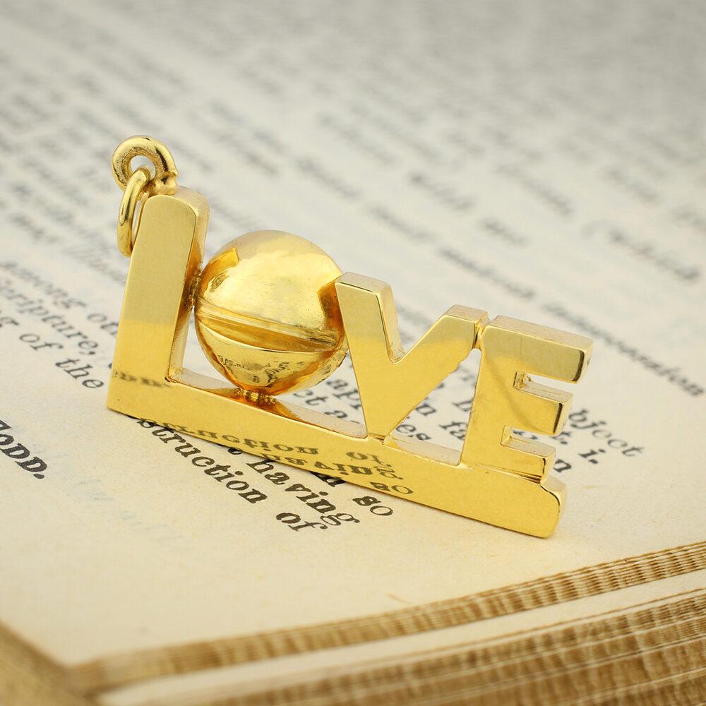 Aldo Cipullo 'Love' Gold Pendant