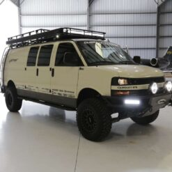 Chevrolet Express 4x4 van lift