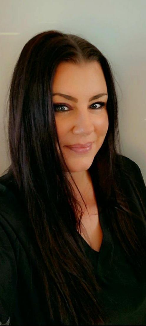 Brandi Daugherty, Front Desk Coordinator