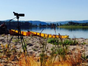 spotting-scope-and-wenonah-encounter-canoes-on-columbia-river-july-2015