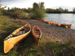Wenonah Seneca and Encounter Kevlar Canoes on Willamette River - www.PaddlePeople.us