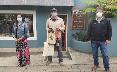 Senatur y Conaf acreditan a guías de turismo aventura en Región de Los Lagos
