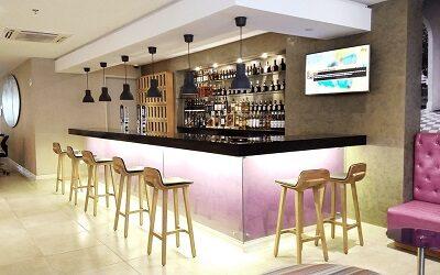 El Club del Whisky, espacio emblemático que regresa al Mercure Santa Marta Emile