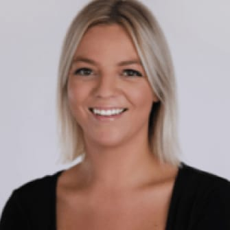 Arizona Real Estate Agent - Bailey Hanson - Tru Realty