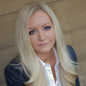 Arizona Real Estate Agent - Nicole Eaton - Tru Realty