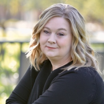 Arizona Real Estate Agent - Nikki Steinman- Tru Realty