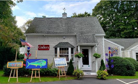 Chapman Art Gallery - Tim Bates owner