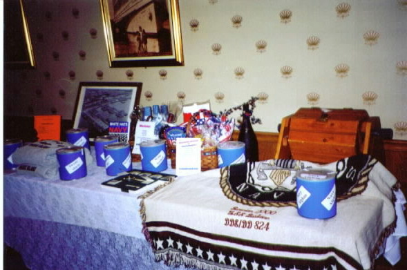 00-04Prize Table