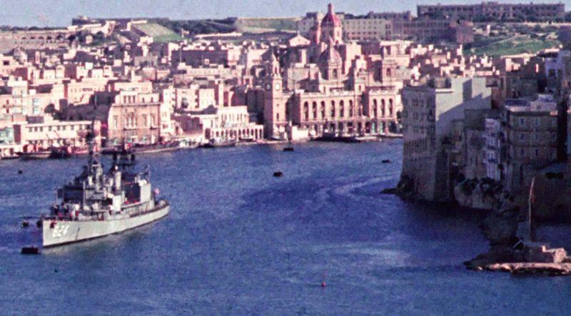 Anchored to Buoy in Malta closeup