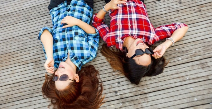 20 Things Happy Friends Do Together