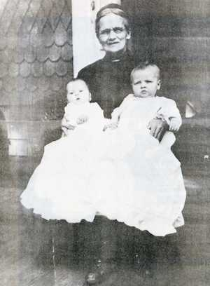 Patterson, Mary (Smith) - At Baptism of Grandchildren - c.1916