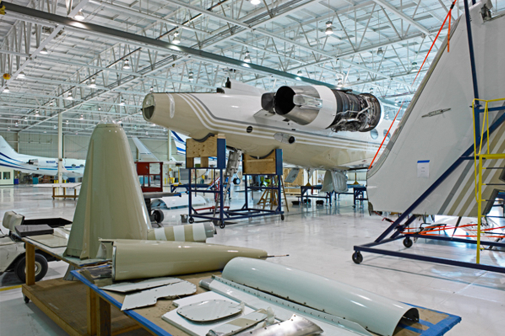 Hangar-4