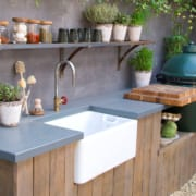 Here's Why You Need an Outdoor Kitchen