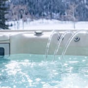 Benefits of Using a Hot Tub in Winter560