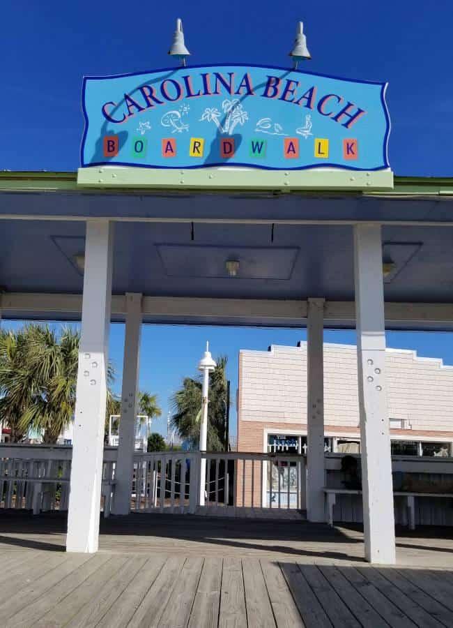 carolina-beach-boardwalk-entrance
