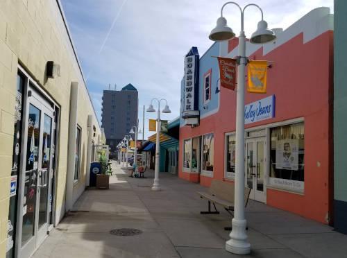 boardwalk-shops