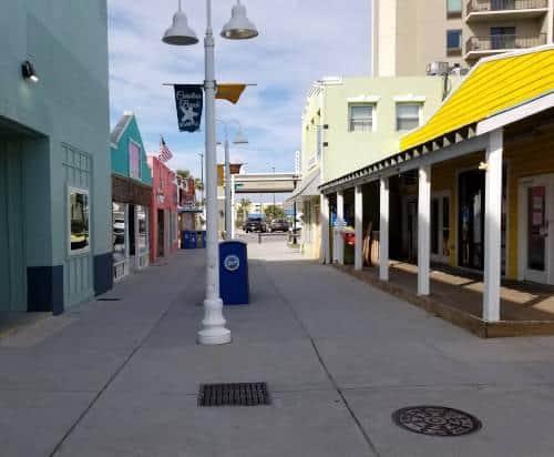 shopping-walkway