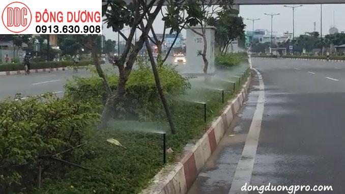 Dự án tưới dải phân cách đường Phạm văn Đồng