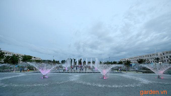 Quảng trường nhạc nước Hòa Bình Square