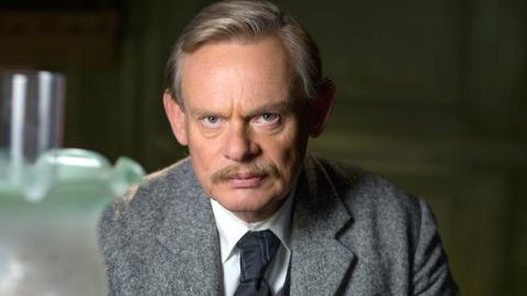 Arthur and George's Martin Clunes To Be Honored With OBE