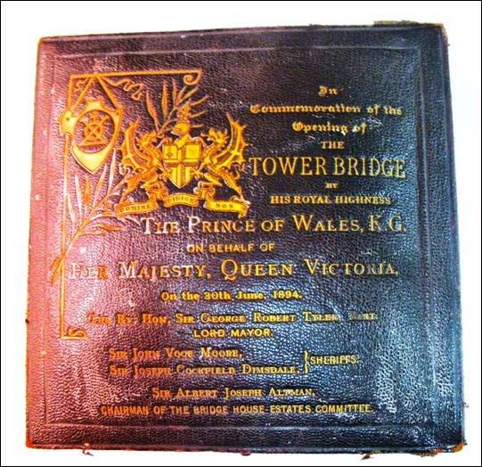 Tower Bridge Opening Medal CASE