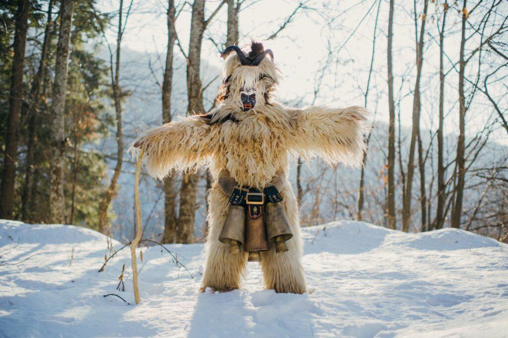 kurkeri-costumes-bulgaria06.ngsversion.1518647409976.adapt.1900.1