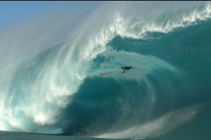 Niccolo Porcella at Teahupoo – 2016 TAG Heuer Wipeout Award Nominee