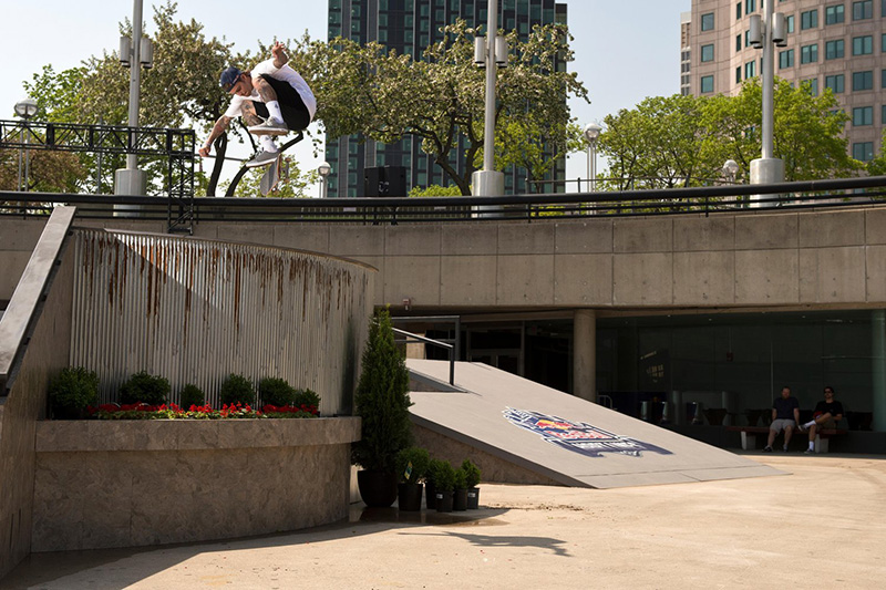 Ryan Sheckler performs a Kickflip during the finals of Red Bull Hart Lines, at Hart Plaza in Detroit, MI, USA on 6 May, 2015.