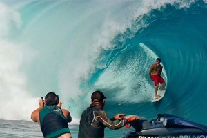 Tahitian Chargers 3 | Teahupoo First Swell of the Season