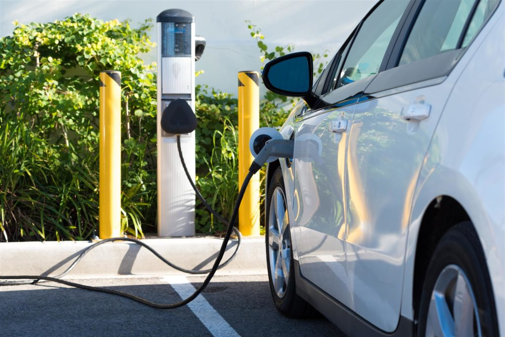 Despite sharp growth in electric cars, vehicle emissions keep rising