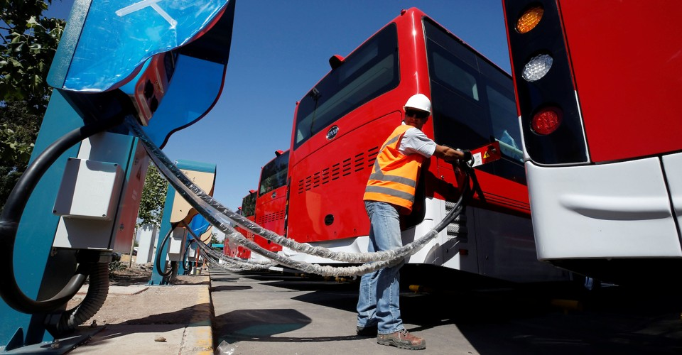 Four Drawbacks of Electric Buses & What You Can Do About Them