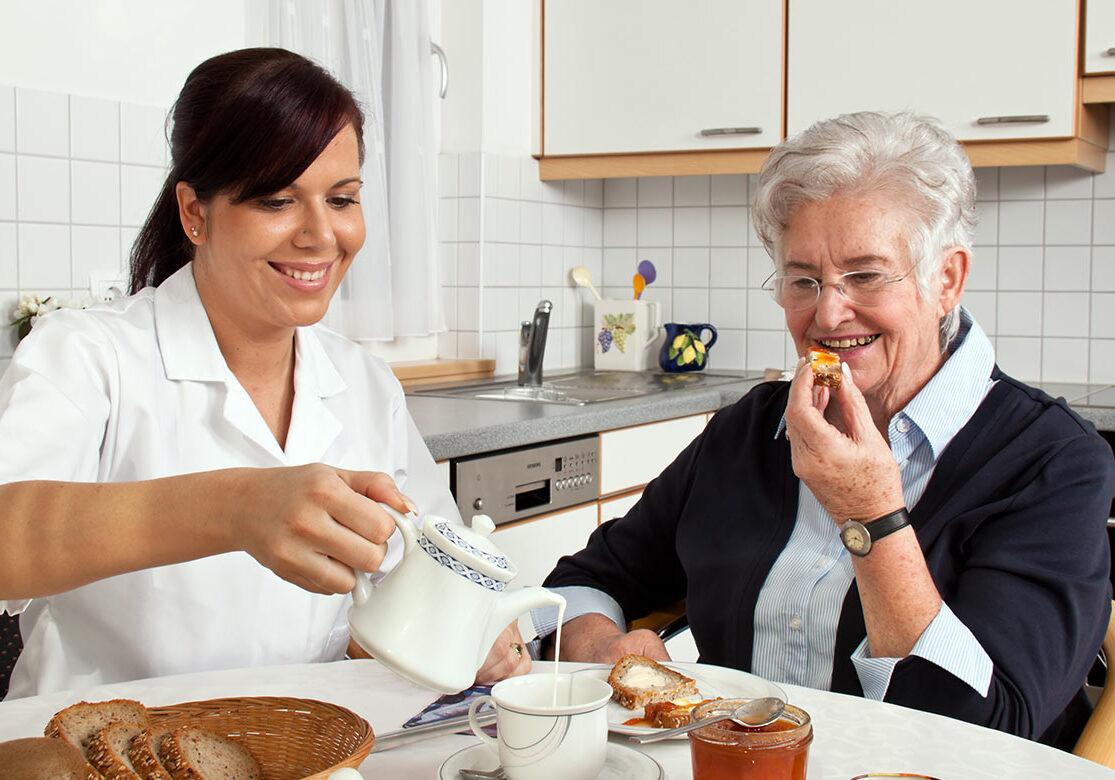 senior-home-care-8