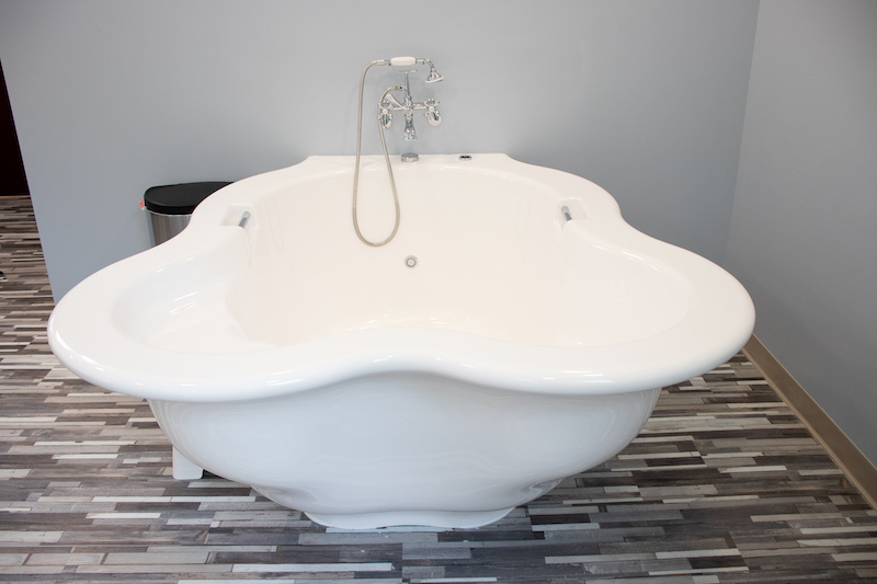 Charleston Birth Place tub