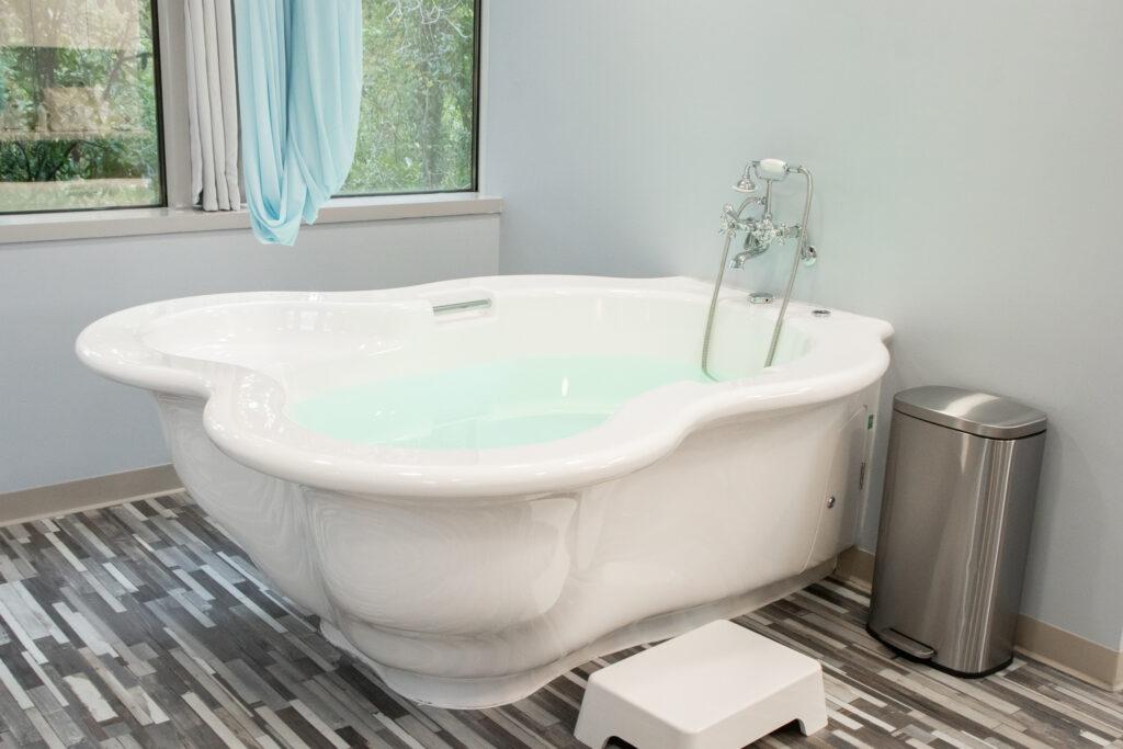 birthing tub in birth center