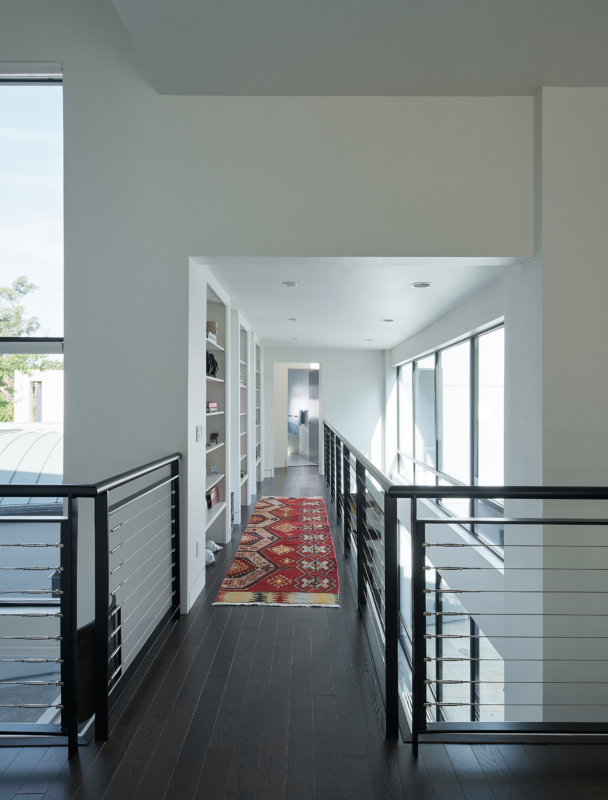 Sonoma Modern 24