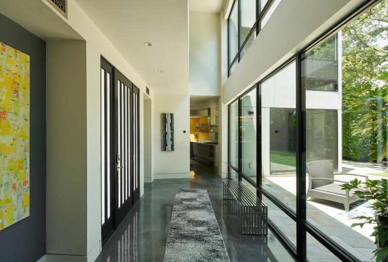 Sonoma Modern 18